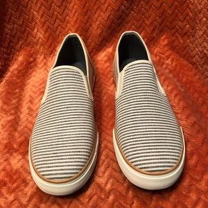 American Eagle Women's Canvas Sneakers Size 11